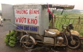 Thuong Binh Vuot Kho = Banana truck